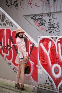 Mũ +trang phục