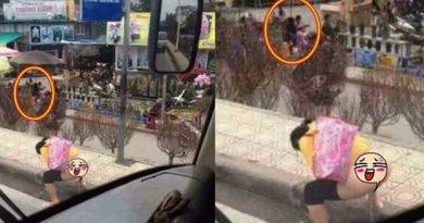 Cô gái bán đào tưới cây khiến cả xe bus nhìn đến choáng váng, quên cả lăn bánh