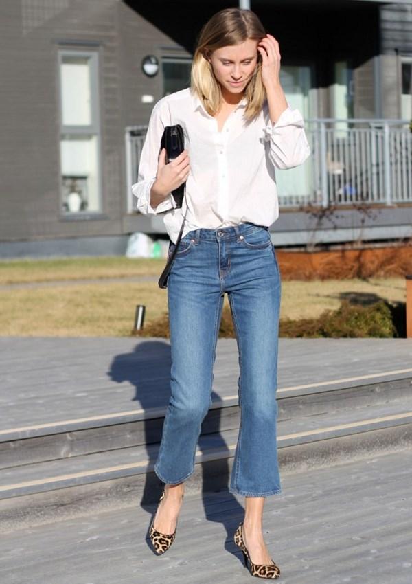 quần jeans loe ống lửng