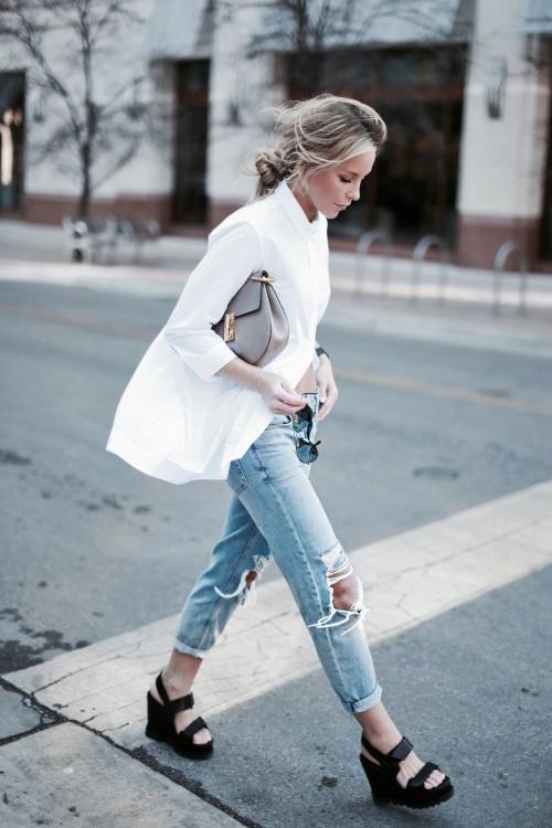 Áo sơ mi trắng – quần jeans