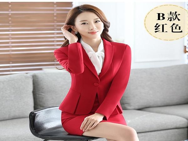 Áo vest nữ trẻ trung với dáng xếp ly vạt
