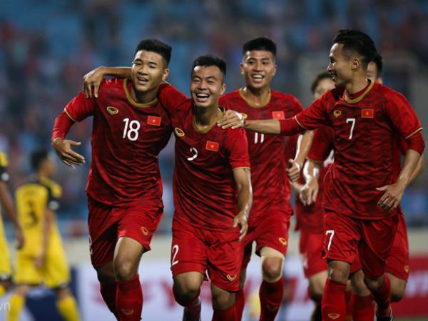 Đội tuyển Việt Nam lỡ mất cơ hội đối đầu với Liverpool