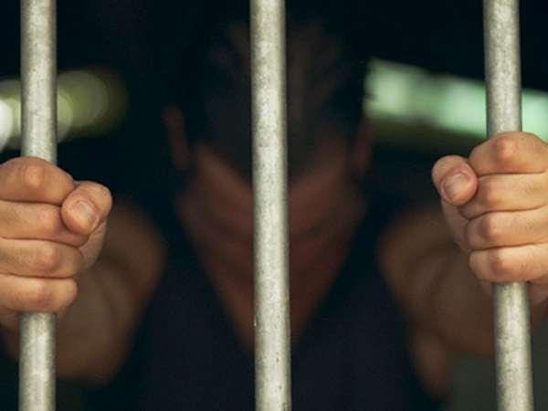 Mơ thấy nhà tù là điềm báo tốt hay xấu?