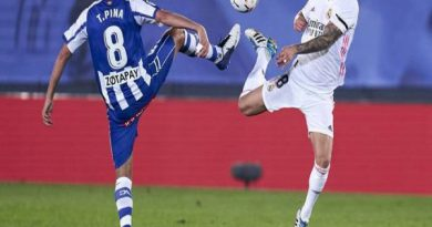 Soi kèo Valencia vs Alaves, 03h15 ngày 28/8 - La Liga