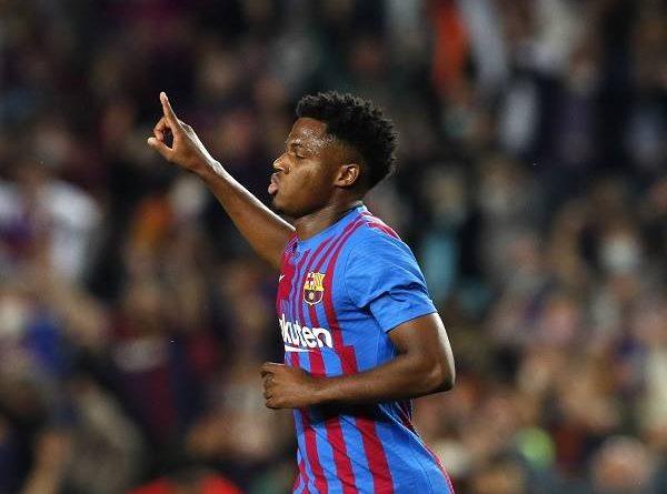Tin Barca 19/10: Barcelona gặp khó vụ gia hạn hợp đồng với Fati